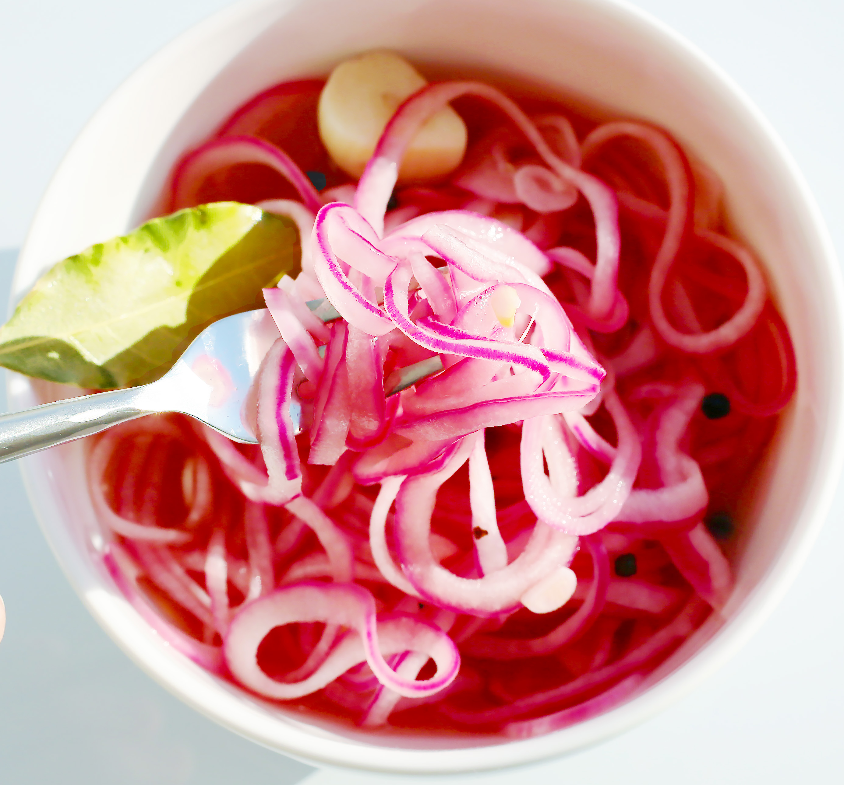 pickled-red-onion-bay-garlic-crop